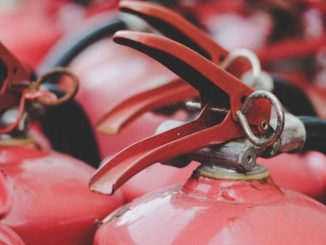 proyectos con viejos extintores de incendios